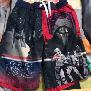 Boys size 8 Star Wars bathing suit with mesh liner